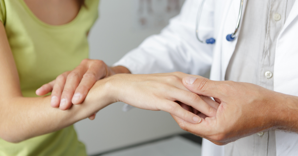 Hand Surgeon in Duluth, GA: 6 Ways to Prevent Hand and Wrist Pain