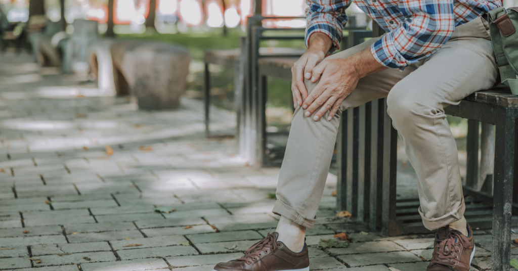 Knee Surgeon in Duluth, GA Answers: 7 Common Causes of Knee Pain