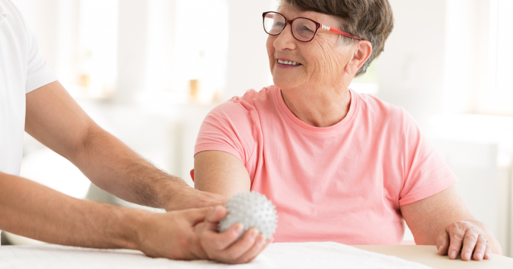 5 Non-Surgical Pain Management Options for Hand and Wrist Pain
